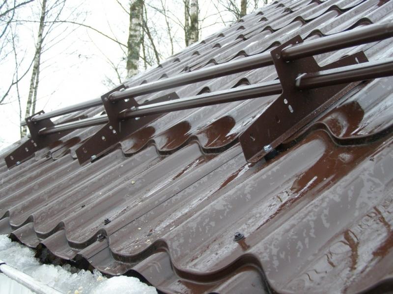 Кровельные элементы безопасности снегозадержания